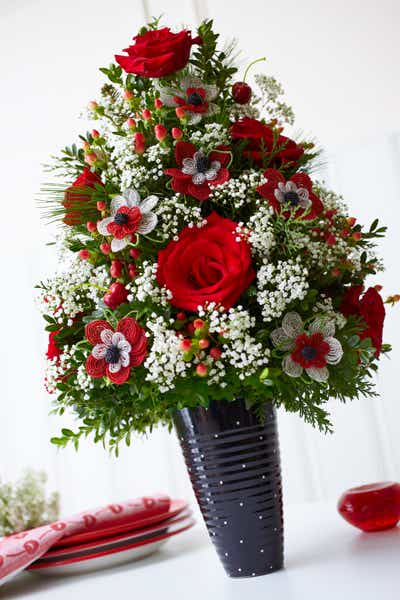 Red and White Floral Holiday Tree