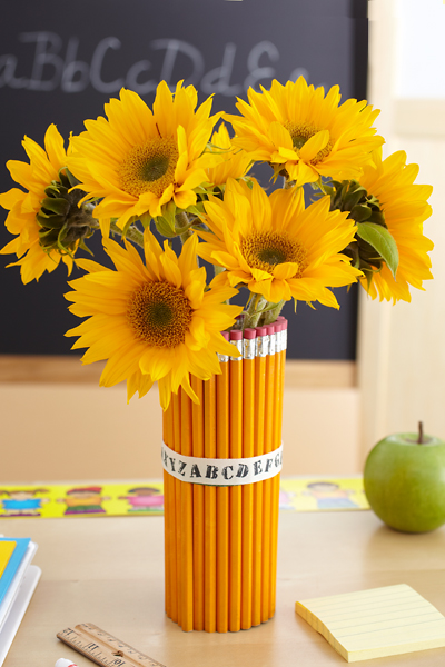 DIY Pencil Vase with Sunflowers