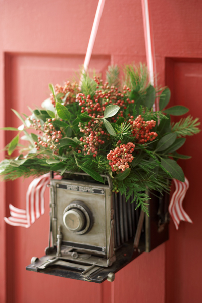 Photography Lovers Christmas Wreath