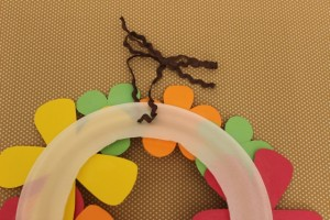 How to Loop Ribbon Through a Thanksgiving Flower Wreath