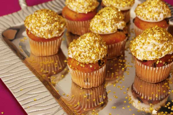 Cupcakes Topped With Edible Glitter From Celebrations.com