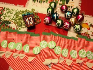 How to Label Socks and Ornaments to Make an Advent Calendar