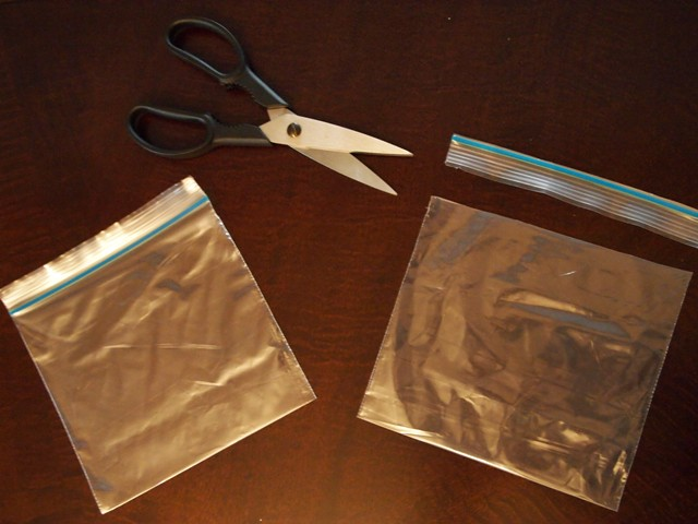 How to Trim a Sandwich Bag to Create a Gift Bag
