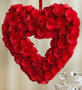 Romantic-red-heart-wreath