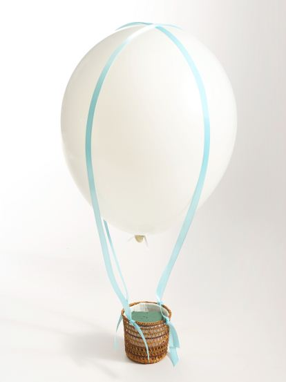 How to Make a Hot Air Balloon Arrangement