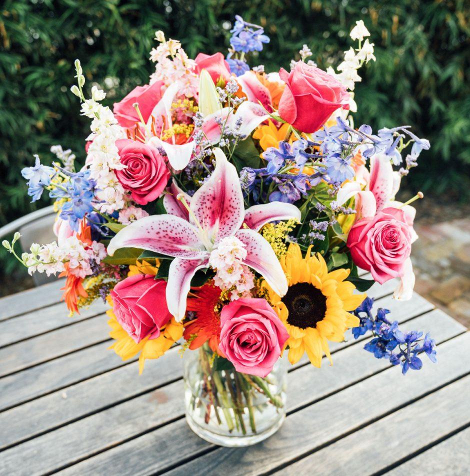 garden-pathway-flower-bouquet