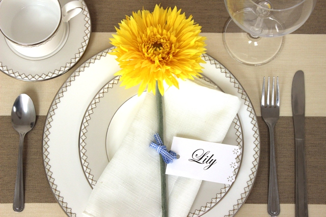 DIY Flower Place Card