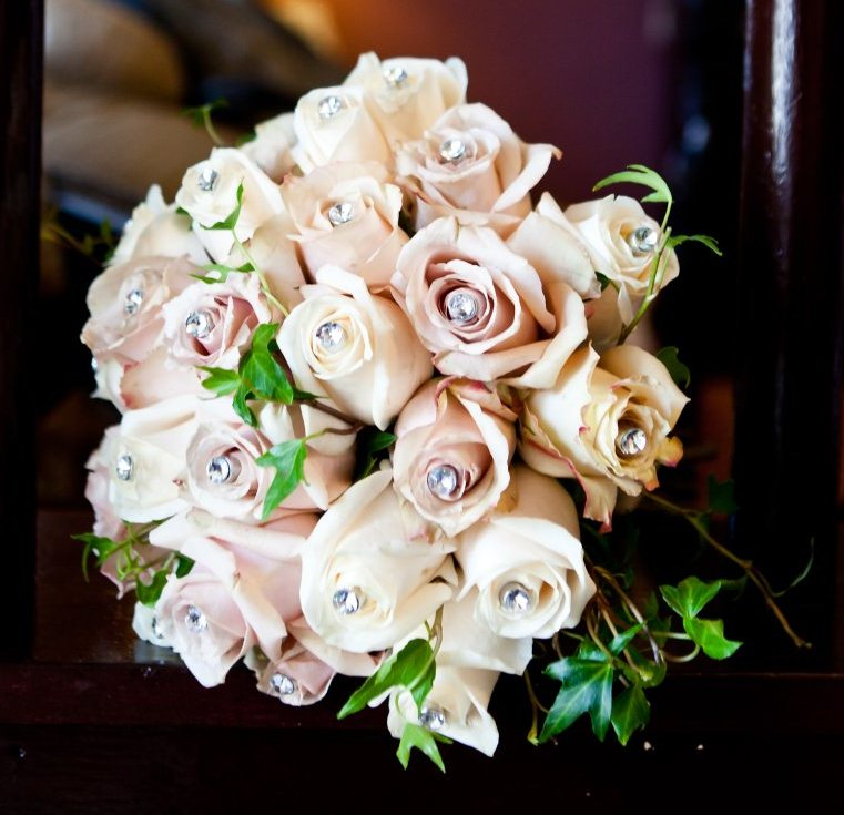 Marianna's Vineyard-Themed Fall Wedding Bridal Bouquet With Antique Roses and Ivy