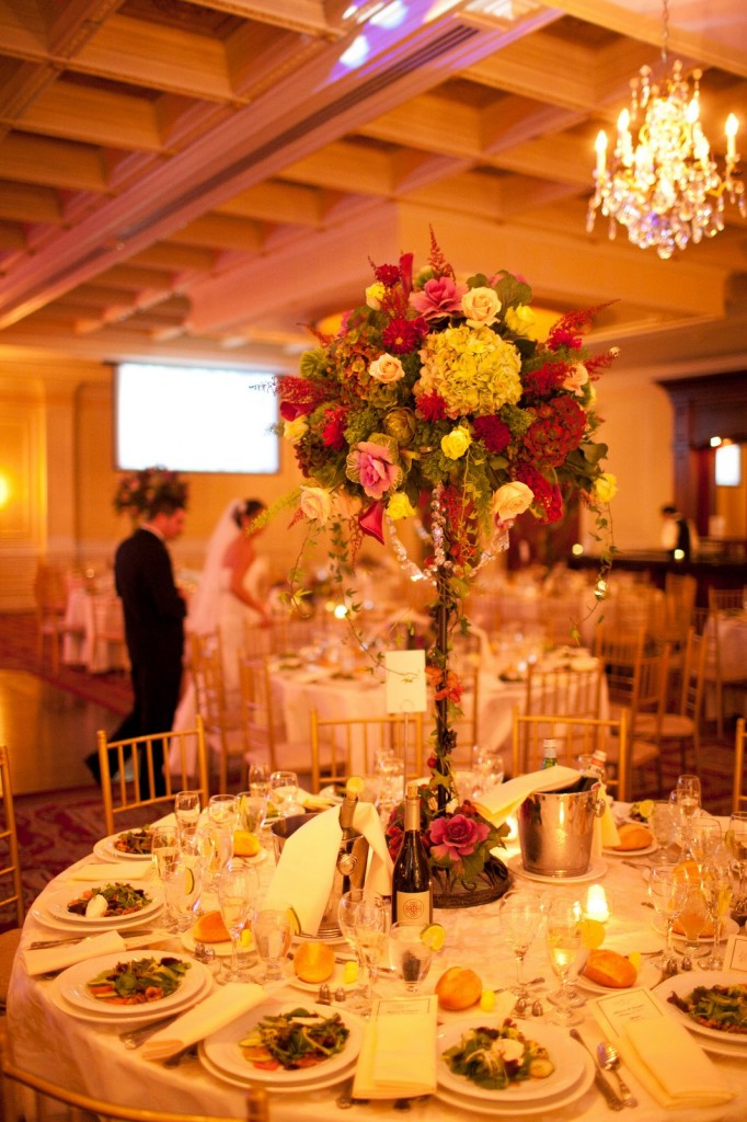 Real Fall Wedding Inspiration: Marianna\'s Vineyard Wedding Flowers