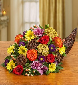 Thanksgiving-fresh-flower-cornucopia