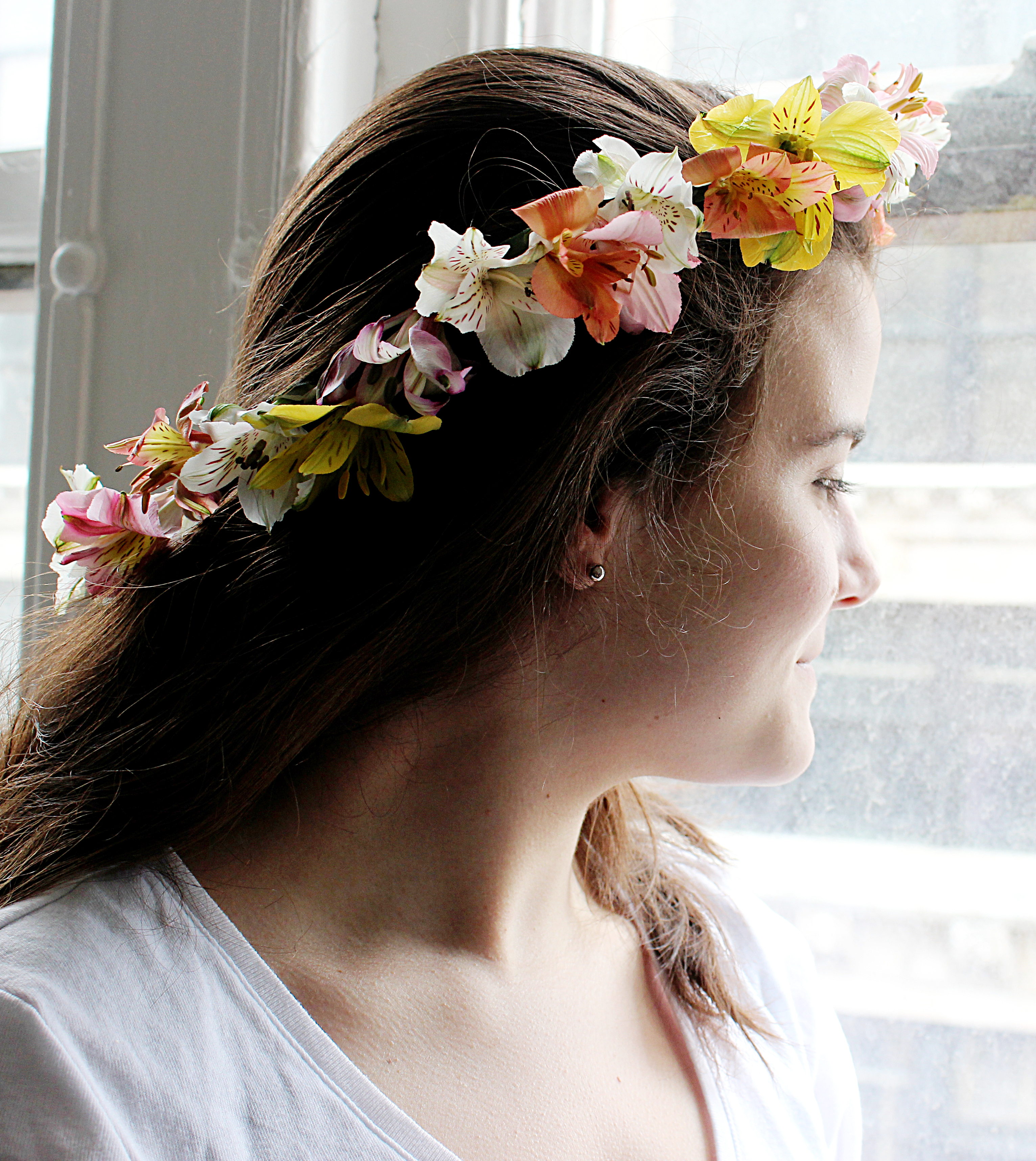 How to make a flower crown petal talk 1 800 flowers how to make a flower crown izmirmasajfo