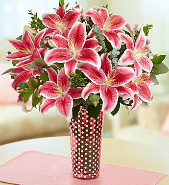 stunning-pink-lily-bouquet