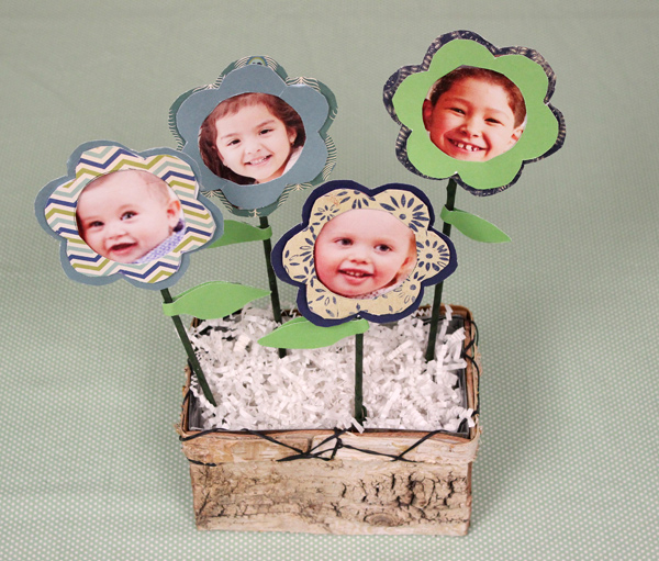 mothers-day-crafts-for-kids_diy-photo-flower-1