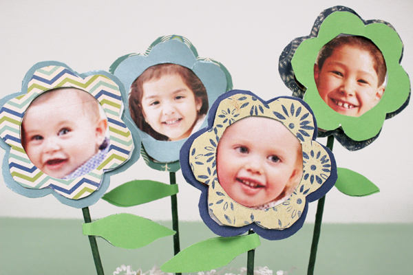 mothers-day-crafts-for-kids_diy-photo-flower-4