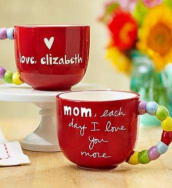 personalized-moms-love-mug