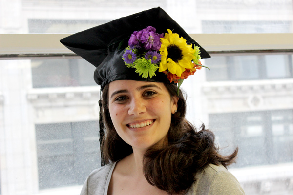 diy-floral-crown-graduation-cap-decoration