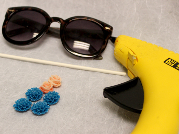 diy flower sunglasses supplies