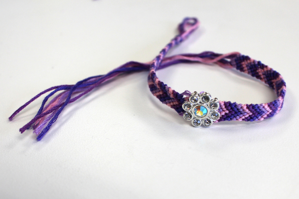 friendship-bracelet-final-image
