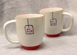 how-to-make-DIY-permanent-marker-mugs-1