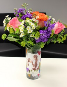 mothers-day-crafts-for-kids_diy-photo-vase-flowers
