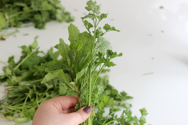 add-fresh-scent-with-flower-herb-bouquet-bundle