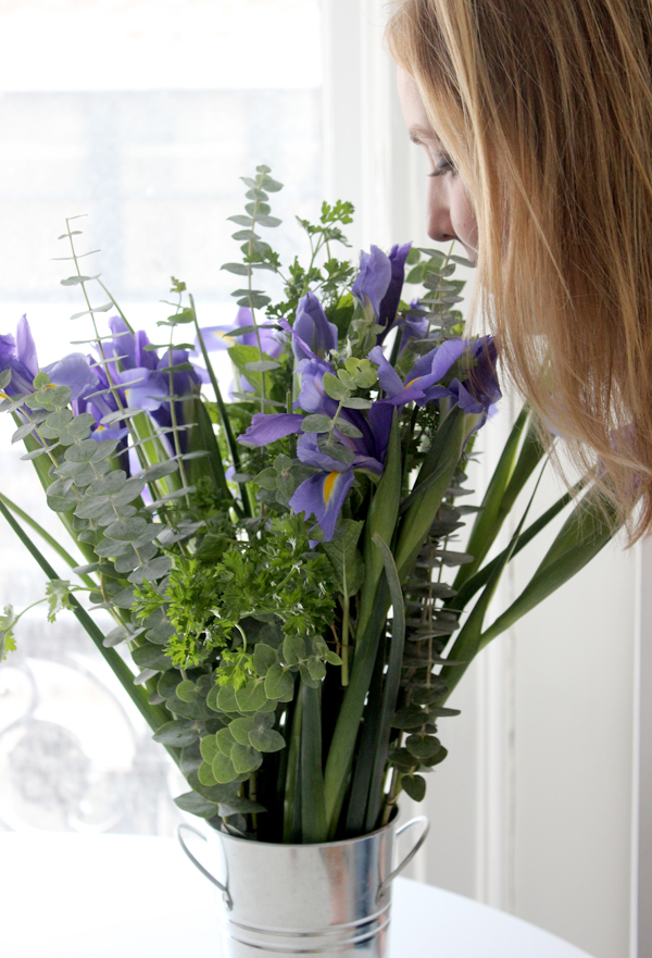 add-fresh-scent-with-flower-herb-bouquet-smell