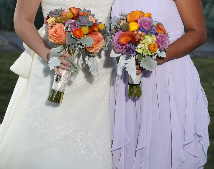 bride-and-bridesmaid-bouquets