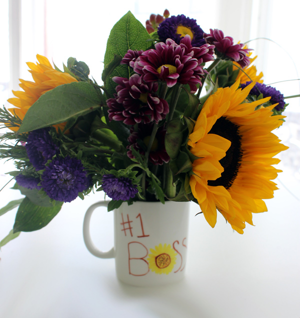 Diy boss s day gifts permanent marker mug bouquet
