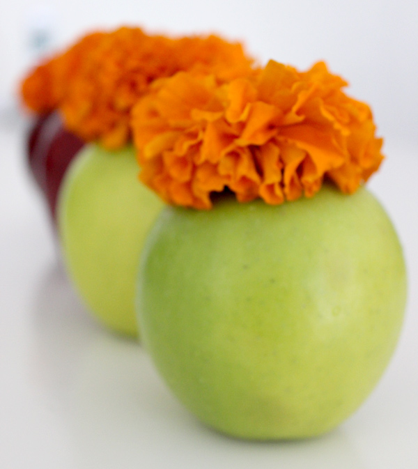 rosh-hashanah-decorations-diy-apple-vase-2