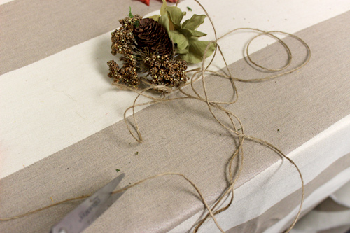 diy-fall-leaf-vase-twine