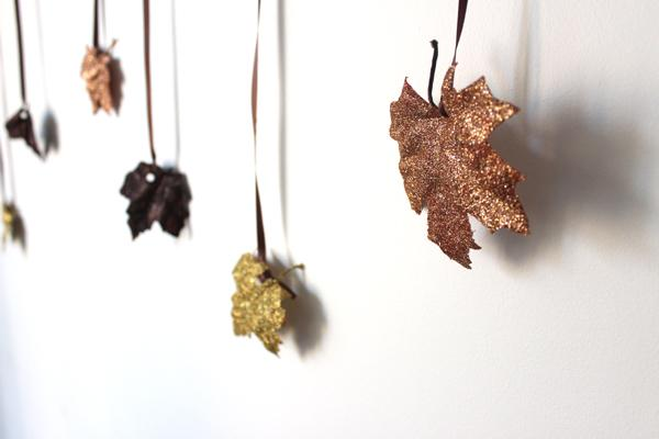 diy-glitter-leaves-garland