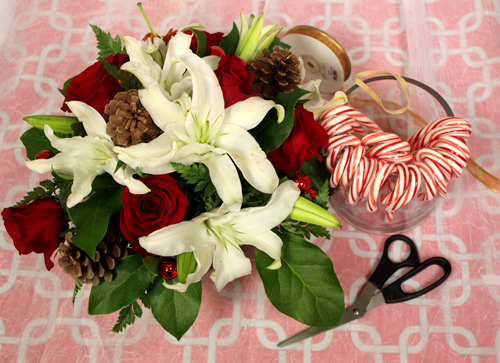 how-to-make-a-candy-cane-vase-supplies