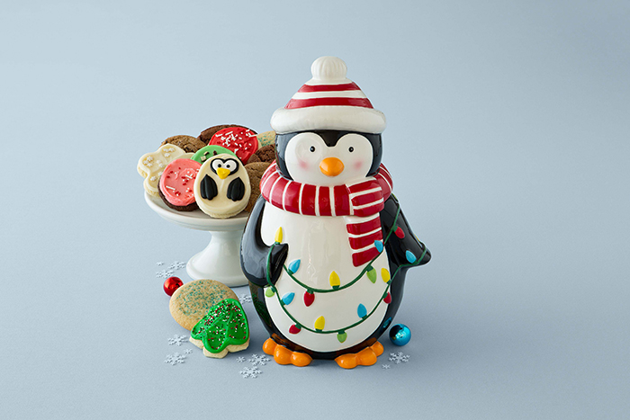 12-10-14 Penguin Cookie Jar