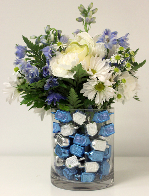 DIY Floral Hanukkah Centerpiece Idea Petal Talk
