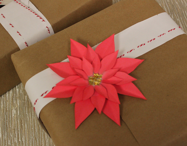 how-to-make-paper-poinsettias-gift