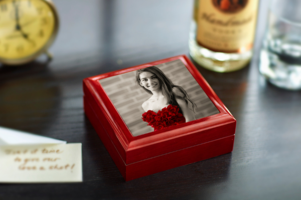 personalized-keepsake-box-with-photo