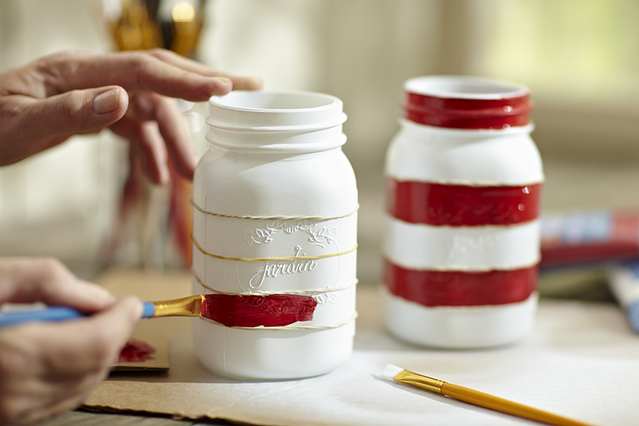 mason-jar-diy-painting-stripes