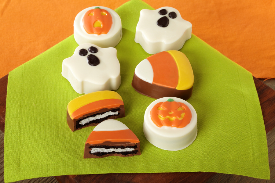 Chocolate Covered Oreos for Halloween- Ghosts and Candy Corn