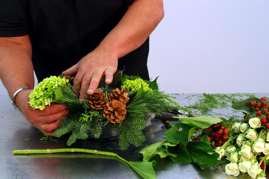 Add green hydrangeas into centerpiece