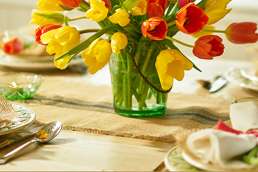 Burlap Table Runner with Tulip Arrangement Centerpiece