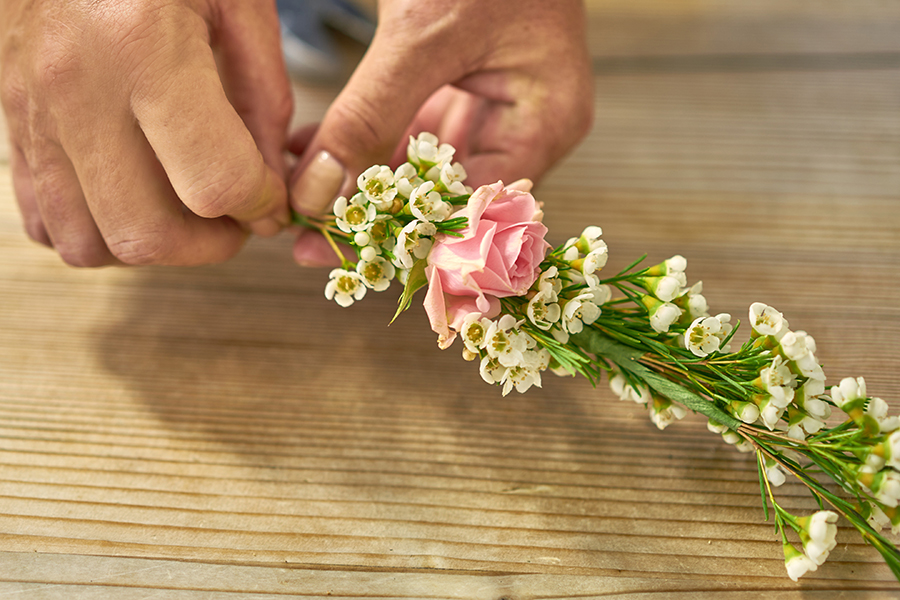 How To Make Wax Flowers 38