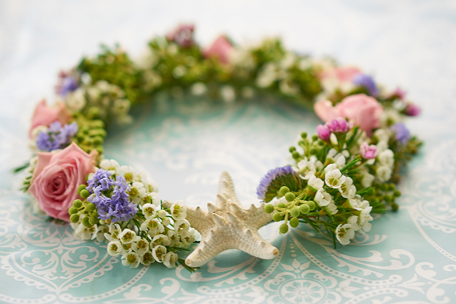 Flower crown with starfish
