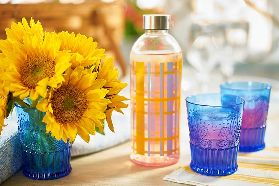 Cobalt Blue Plastic Cups for Picnic