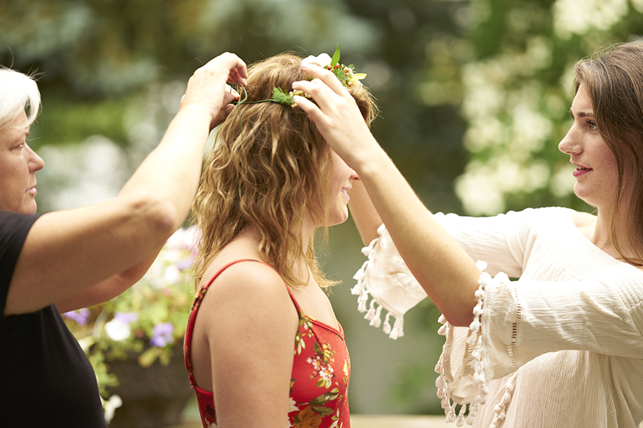 putting-on-flower-headband
