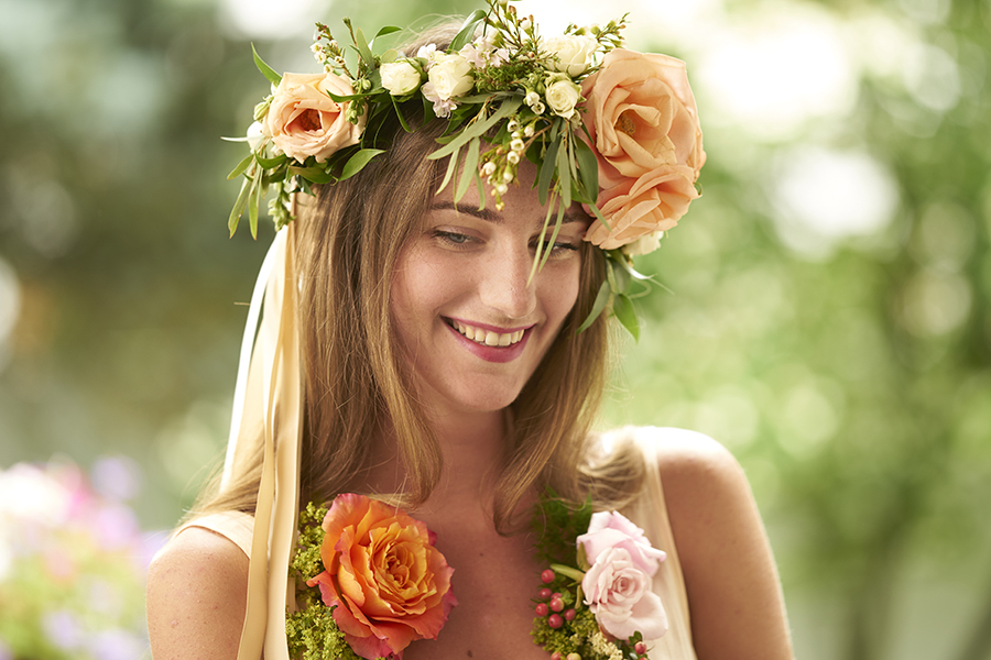 flower-crown-and-necklace