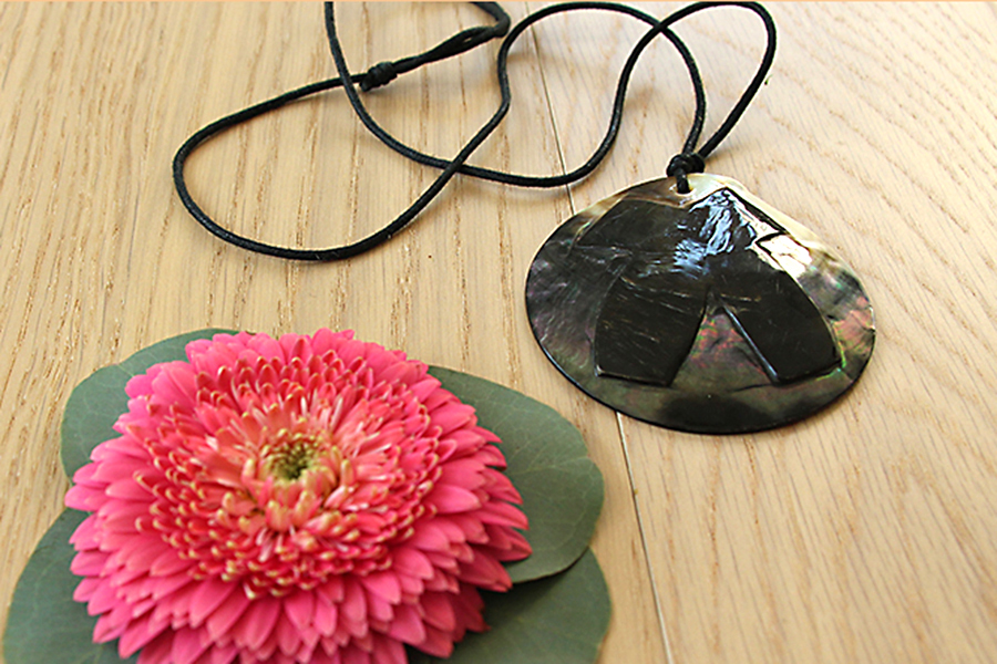 add-flower-to-necklace