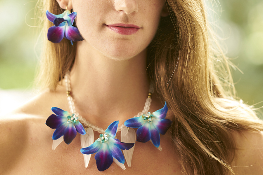 close-up-of-blue-orchid-necklace-and-earrings