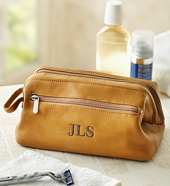personalized-mens-leather-toiletry-bag