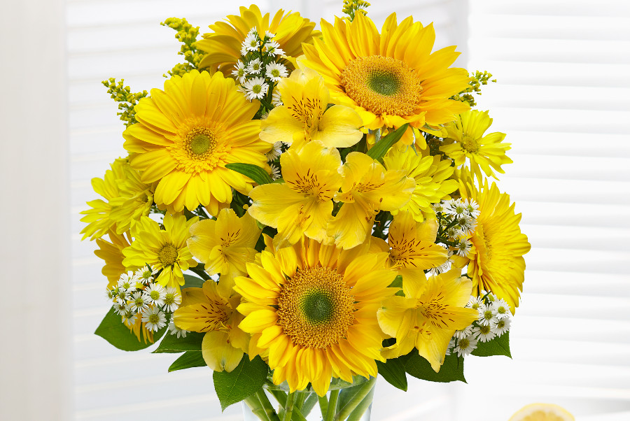 yellow-flower-arrangement