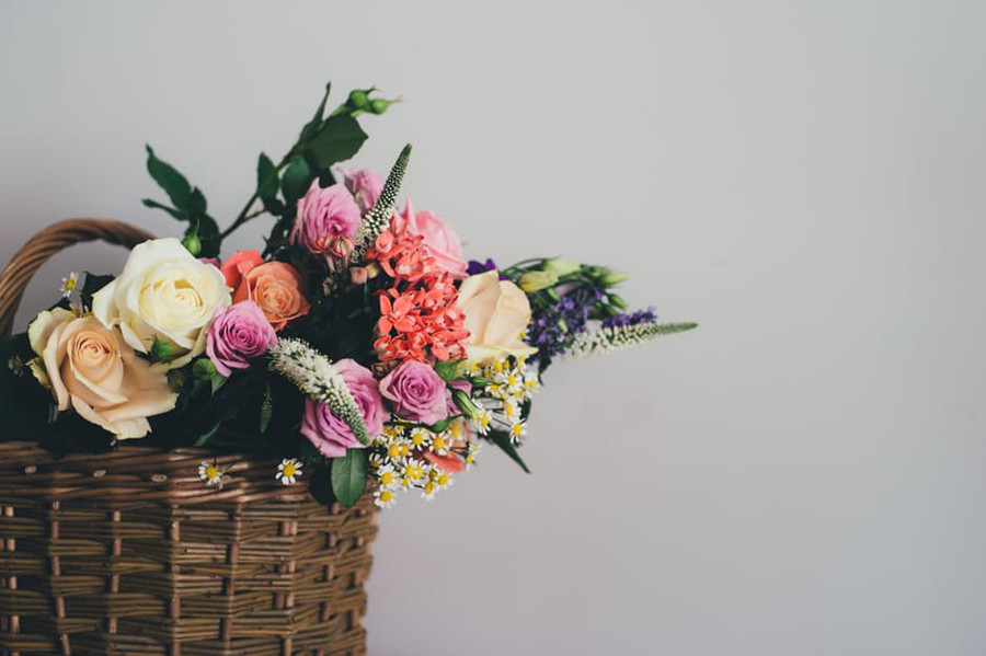 Fresh Flowers Bring New Life And Energy To Any Space; These 5 Home  Decoration Ideas Will Both Wow Mom And Dress Up Her Home At The Same Time.